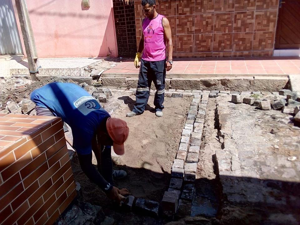 Secretaria de Obras Realiza Trabalho de Recuperação de Ruas - Prefeitura de Baia Formosa