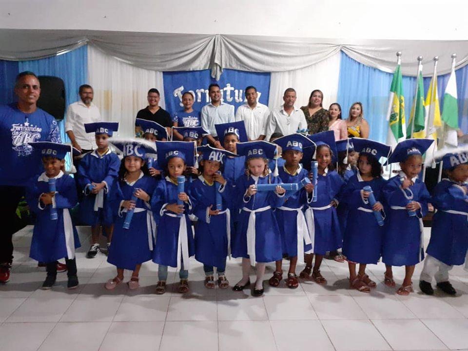 Formatura do ABC da Escola Municipal João Batista de Mendonça - Prefeitura de Baia Formosa
